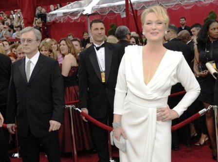 meryl-streep-red-carpet-oscar-academy-awards-2010jpg-8a3c478a6495a890_large